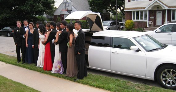 Hot 2018 Prom Limo Service Rental Nyc Jet Door Limos